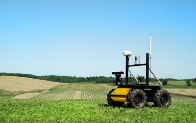 Dorazil k nám nový mobilný robot Husky A200 s ramenom UR5